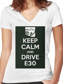 love bmw e30 Women's Fitted V-Neck T-Shirt