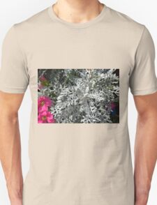 Green plants and flowers in the park. T-Shirt