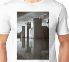 Bodiam Castle mono Unisex T-Shirt