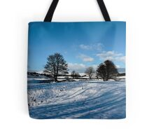 Sparrow pit the peaks. Tote Bag