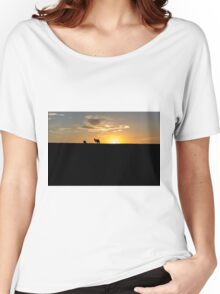 Silhouette of Kangaroos at  Sunset Women's Relaxed Fit T-Shirt