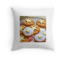Biscuits! Throw Pillow