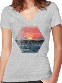 Nature and Geometry - Sunset at Sea Polygonal Design Women's Fitted V-Neck T-Shirt