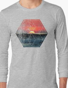 Nature and Geometry - Sunset at Sea Polygonal Design Long Sleeve T-Shirt
