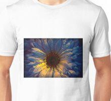 Rain drops on daisy flower petals Unisex T-Shirt