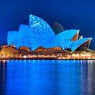 Rhapsody in Blue - Sydney Opera House by Erik Schlogl