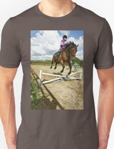 How to ride a horse: Get on it, and off you go! Unisex T-Shirt