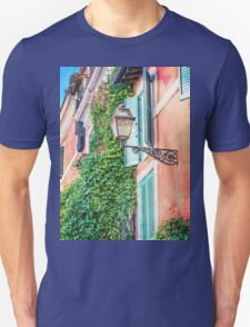 Traditional italian alley with old streetlamp Unisex T-Shirt