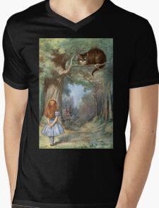 Vintage famous art - Alice In Wonderland - The Cheshire Cat Mens V-Neck T-Shirt