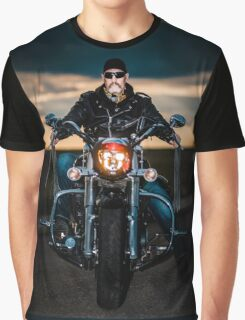 Skeggy Cruiser on Ebony front view no helmet Graphic T-Shirt