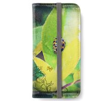 Lady bug living a leafy life iPhone Wallet/Case/Skin
