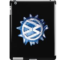 VW look-a-like-logo Swirl - vertical iPad Case/Skin
