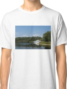 Cruising Among the Toronto Islands  Classic T-Shirt