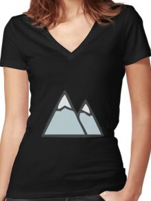 Mountains, mountains!! Women's Fitted V-Neck T-Shirt