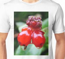 Flashy Red Berries in the morning Unisex T-Shirt