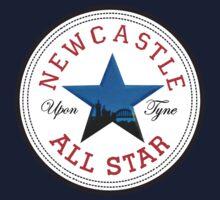 NEWCASTLE UPON TYNE STAR FEATURING BROWN ALE STAR WITH TYNE BRIDGE Kids Tee