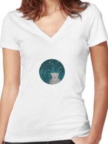 Cute white bear on background Women's Fitted V-Neck T-Shirt