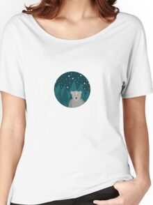 Cute white bear on background Women's Relaxed Fit T-Shirt
