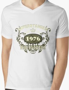 Born 1976 Mens V-Neck T-Shirt