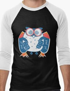Owl in glasses with jet pack, rocket pack Men's Baseball ¾ T-Shirt