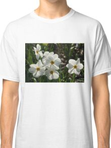 Sparkling, Fabulous White Narcissus with a Touch of Red Classic T-Shirt