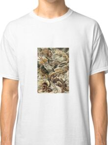 Historical nature art forms lizards Classic T-Shirt