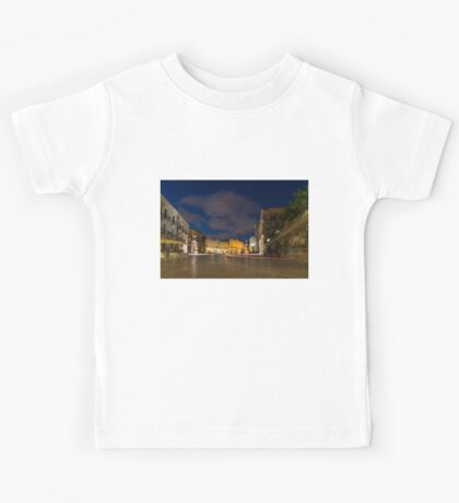 Car Light Trails on the Elegant Duomo Square in Ortygia, Syracuse Kids Tee