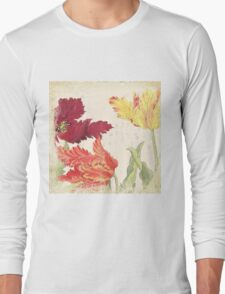 Vintage floral print on shabby white - Bright Tulips Flower Long Sleeve T-Shirt