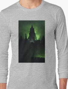 Wolf's castle... Long Sleeve T-Shirt