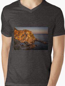 Manarola Dusk Cinque Terre Italy Mens V-Neck T-Shirt
