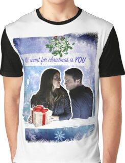 A Skyeward Christmas Graphic T-Shirt