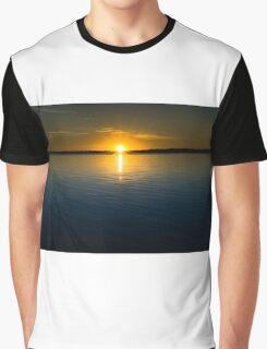 Sunset over Maraboon Dam Graphic T-Shirt