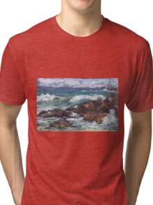 Flynns Beach rocks & surf  Tri-blend T-Shirt