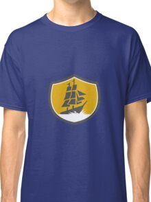 Sailing Galleon Tall Ship Crest Retro Classic T-Shirt
