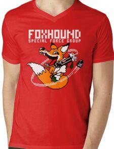 FOXHOUND PIXELART FOX WHITE Mens V-Neck T-Shirt