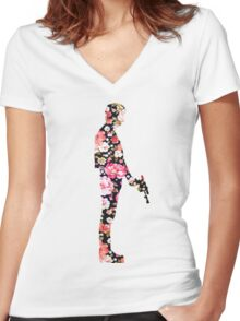 Han Foloral Women's Fitted V-Neck T-Shirt
