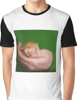 Kitten a few days old in the hand Graphic T-Shirt