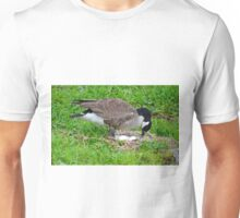 Mother Goose With Eggs in Nest Unisex T-Shirt