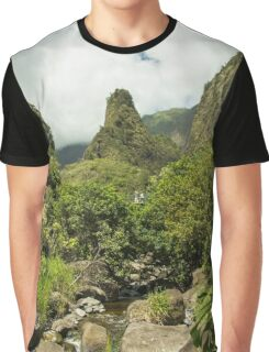 The Iao Valley State Park located in central Maui. Graphic T-Shirt