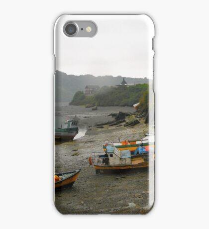 Caleta de pescadores.... iPhone Case/Skin
