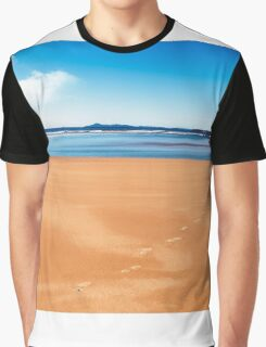 Golden sand 0017 Graphic T-Shirt