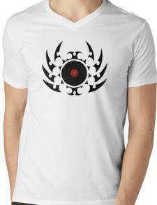 Retro Vinyl Records - Vinyl Tribal Spikes - Music DJ Mens V-Neck T-Shirt