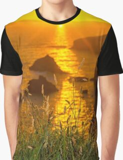 beautiful sunset over the coastal rocks Graphic T-Shirt