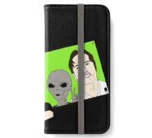 Alien Selfie iPhone Wallet/Case/Skin
