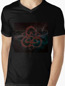 THE NEW COHEED & CAMBRIA SYMBOL DRAGONFLY Mens V-Neck T-Shirt