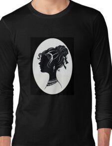 Vintage Fashion Silhouette, Old Fashioned Vanity , Beauty black white Long Sleeve T-Shirt