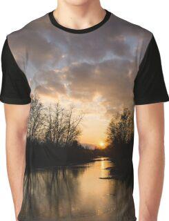 Winter Sunset - Lake Ontario, Toronto, Canada Graphic T-Shirt