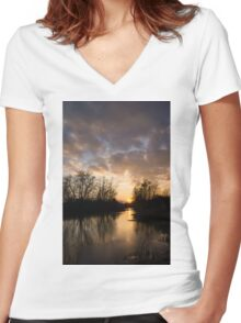 Winter Sunset - Lake Ontario, Toronto, Canada Women's Fitted V-Neck T-Shirt
