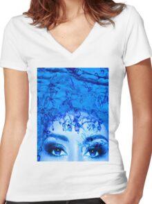 Blue Eyes Women's Fitted V-Neck T-Shirt