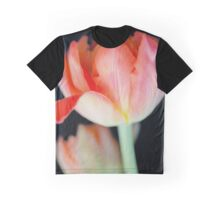 Peachy Parrot Graphic T-Shirt